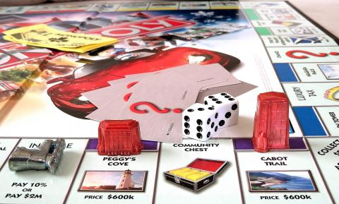 picture of Monopoly board game